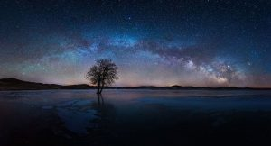 Xiaohui,-Qiu---China-(dayangclub65@163.com)---Starry-Night